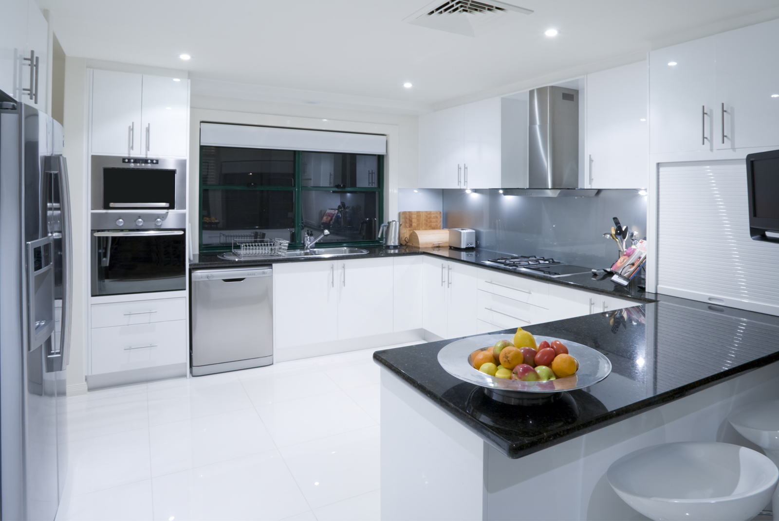Ikal kitchens phone 08 9242 8866 osborne park western for Kitchen designs perth
